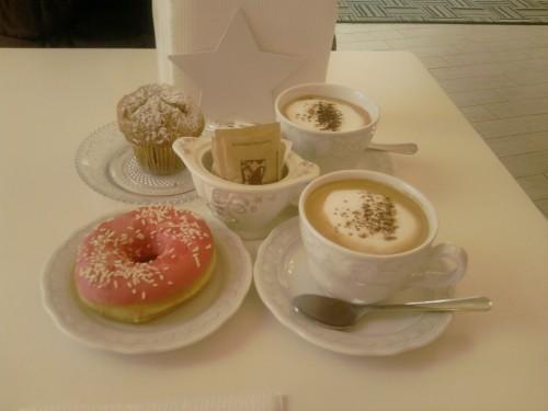 colazione,brakfast,Italy,donut,ciambella,muffin,pink